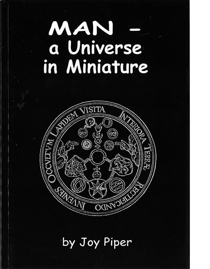man-universe-miniature